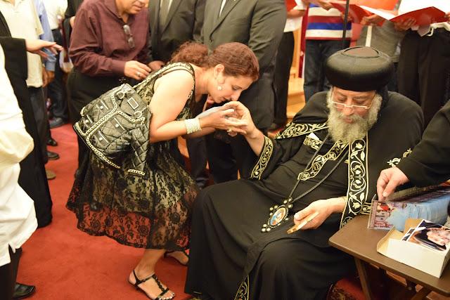 H.H Pope Tawadros II Visit (2nd Album) - DSC_0527%2B%25282%2529.JPG