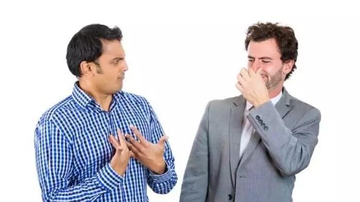 Bau minyak wangi