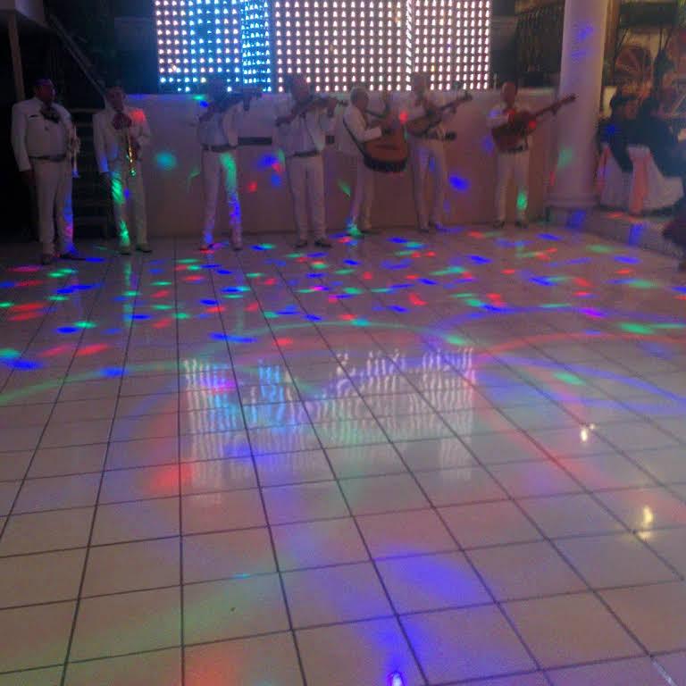 Salón De Eventos La Terraza De Los Alcatraces Recinto Para