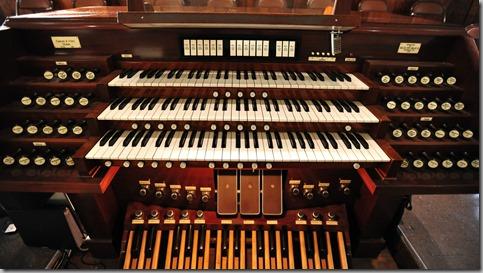Organ-Console
