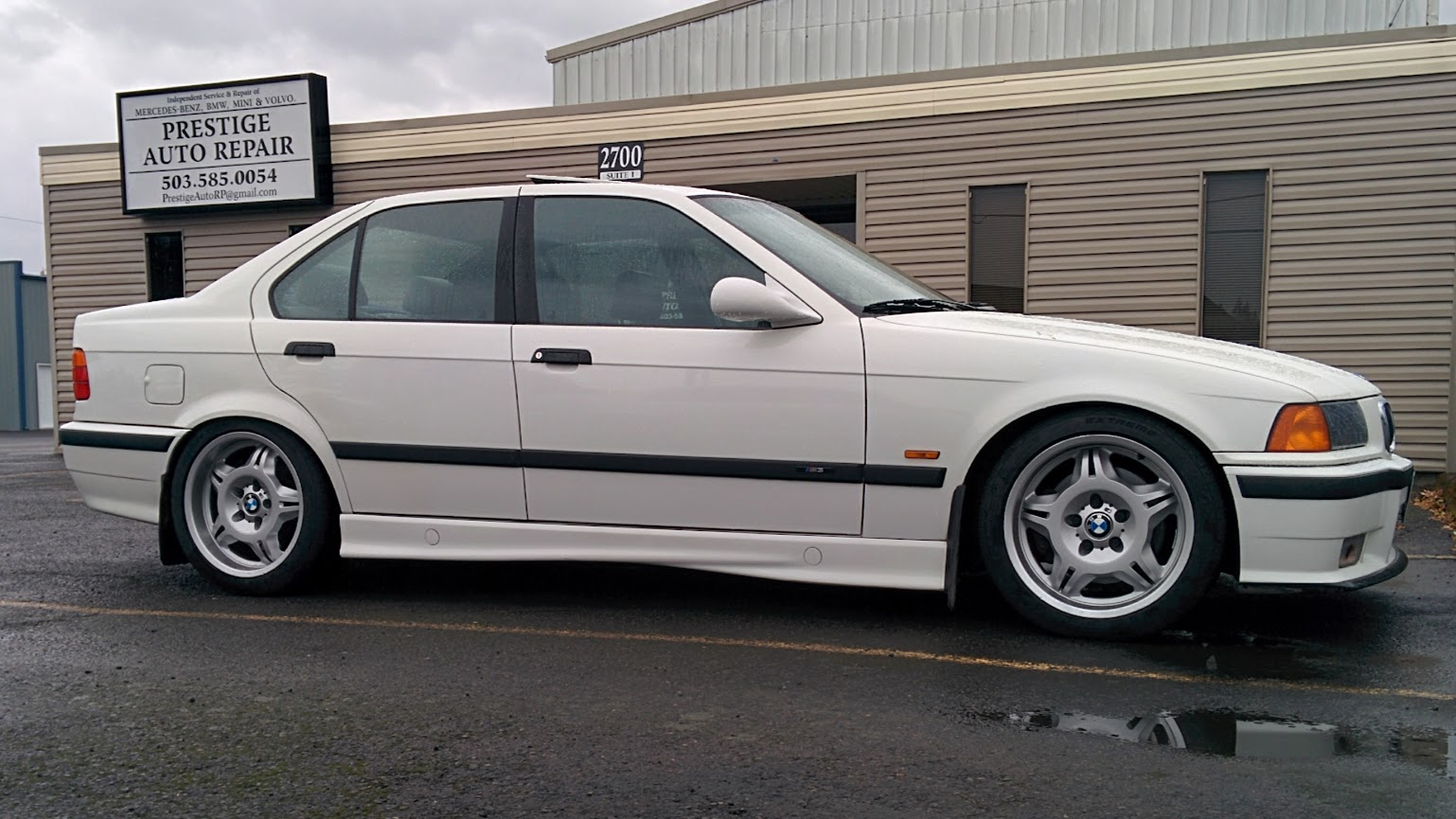 e36 fs 1998 m3 4 door  5 speed manual  alpine white w  mulberry bmw service manual 2009 m3 bmw e30 325i service manual pdf