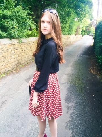 Parisian style midi skirt/ outfit