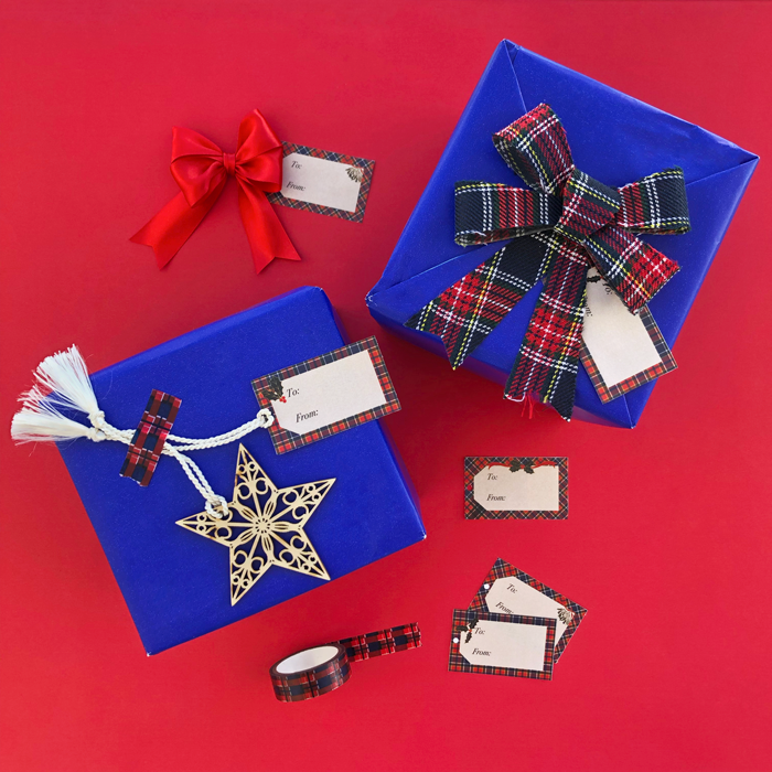 Christmas, holidays, gift tags, gift wrapping, bows, Scottish, pattern, decoration, stationery, free download