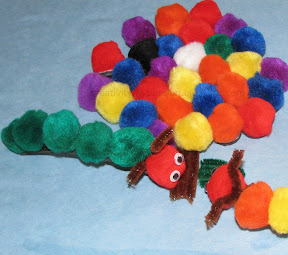 Pom Pom Magnetic caterpillar