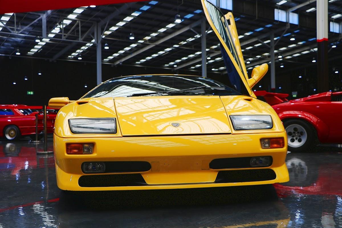 1999 Lamborghini Diablo (03).jpg