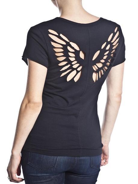 Customização: camiseta com asas nas costas