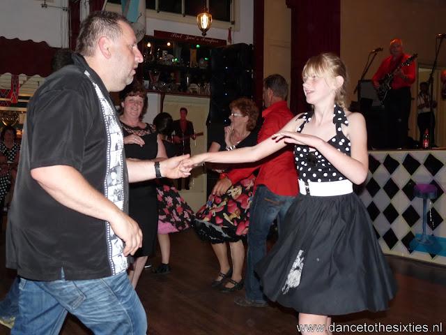 15 jaar dance to the 60's rock and roll dansschool voor danslessen, dansdemonstraties en workshops (472).JPG