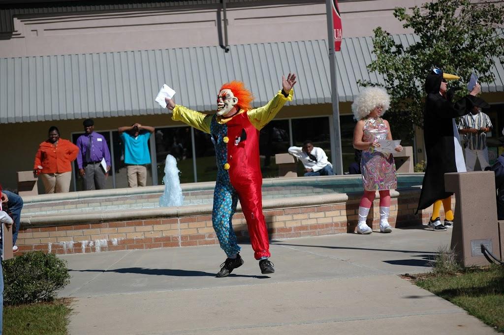 Halloween Costume Contest 2010 - DSC_0252.JPG