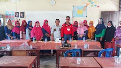 Kunjungi SD 003 Siabu, Wakil Anggota DPRD Kampar Fahmil,SE,ME  Tinjau Keadaan Gedung Sekolah Yang Mulai Mengalami Kerusakan