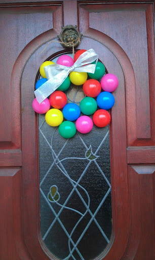 plastic balls Christmas wreath
