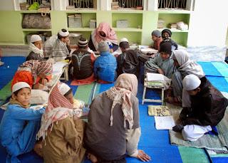 Classroom 11-27-2006 6-18-28 AM