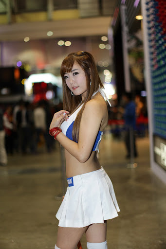 Yook Ji Hye: Showgirl gợi cảm của Sega tại Gstar 2011 16