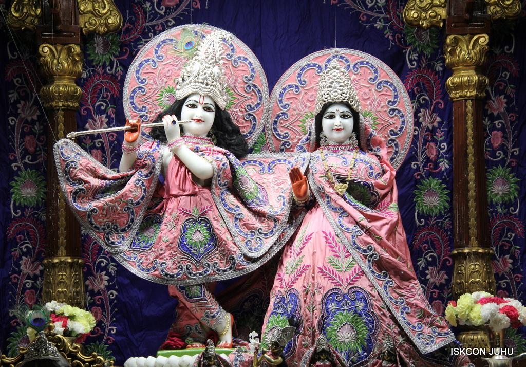 ISKCON Juhu Mangal Deity Darshan on 30th Sep 2016 (16)