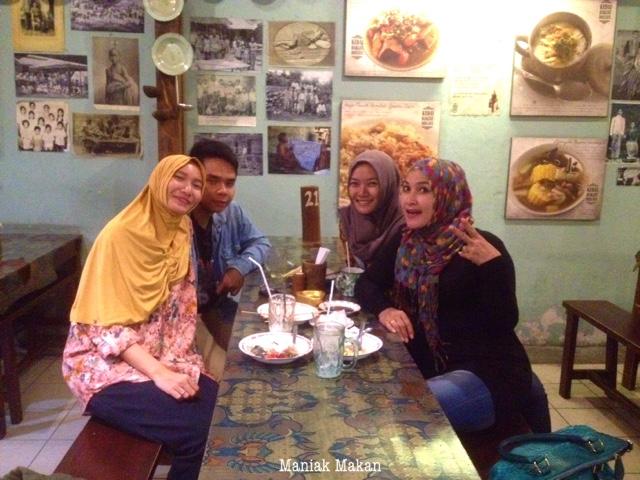 maniak-makan-kedai-rakjat-djelata-jogjakarta-with-family