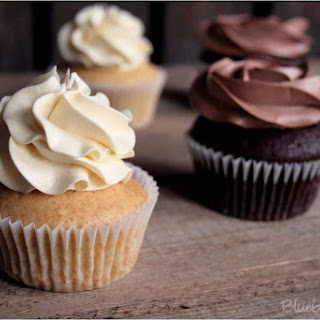 Chocolate Vanilla Cupcakes Recipes