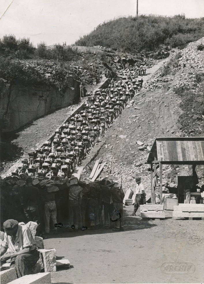 Granite Quarried In Mauthausen : The infamous mauthausen stairs of death amusing planet
