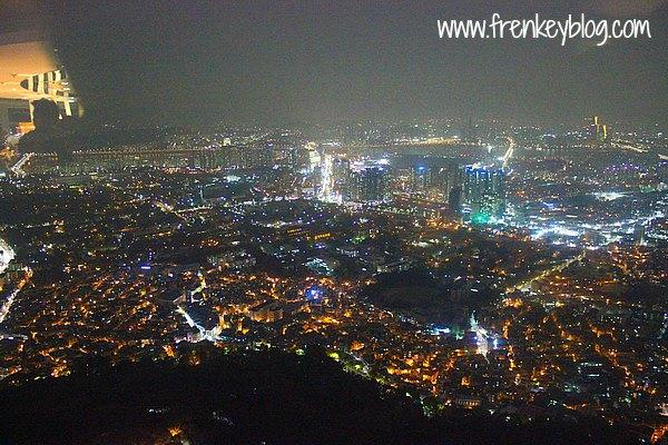 Pemandangan Malam dari Seoul Tower