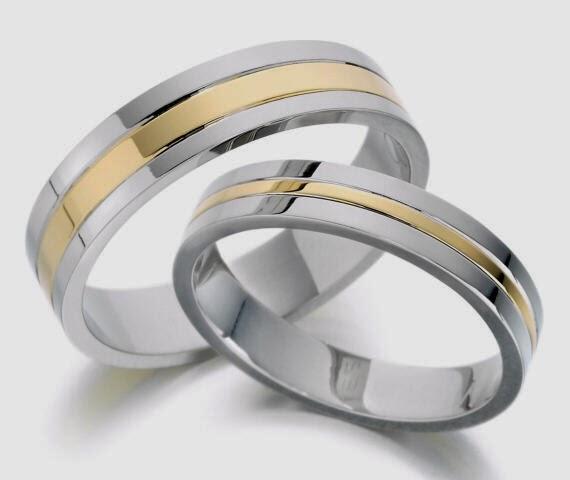 Mengapa Cincin Pernikahan Berada Di Jari Manis