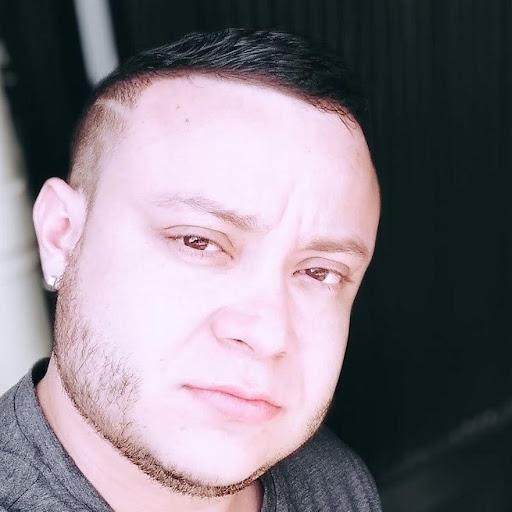 Cristian Ramírez R