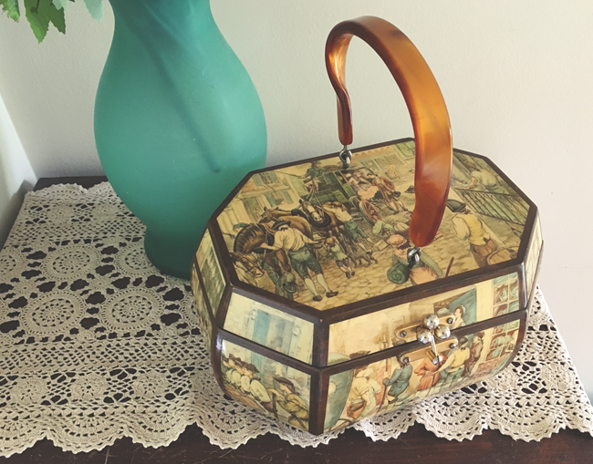 70's Decoupage Wooden Purse - AAVGM 2016 | Lavender & Twill