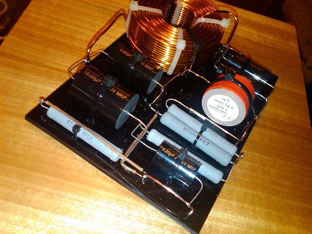 Cable monofilar y adhesivo para componentes... IMG00117-20110918-1559