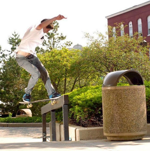Aaron Haas Photo 30