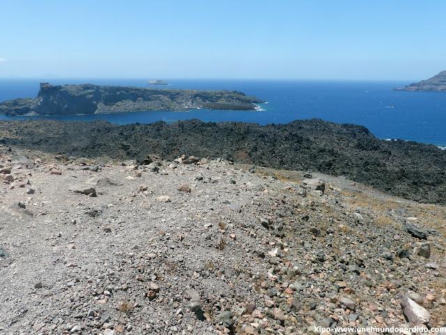 caldera-santorini-excursion-volcan-santorini.JPG