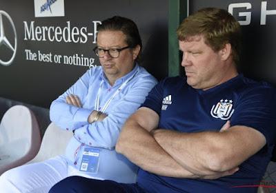 """Anderlecht-voorzitter Coucke spreekt op de fandag de ambities uit: """"Dan word ik liever derde"""""""