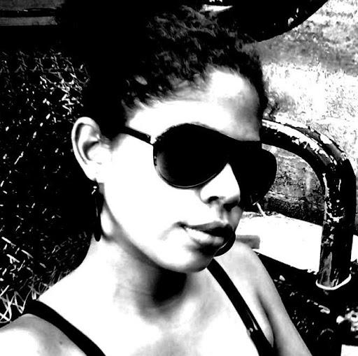 Fernanda Porras Photo 7