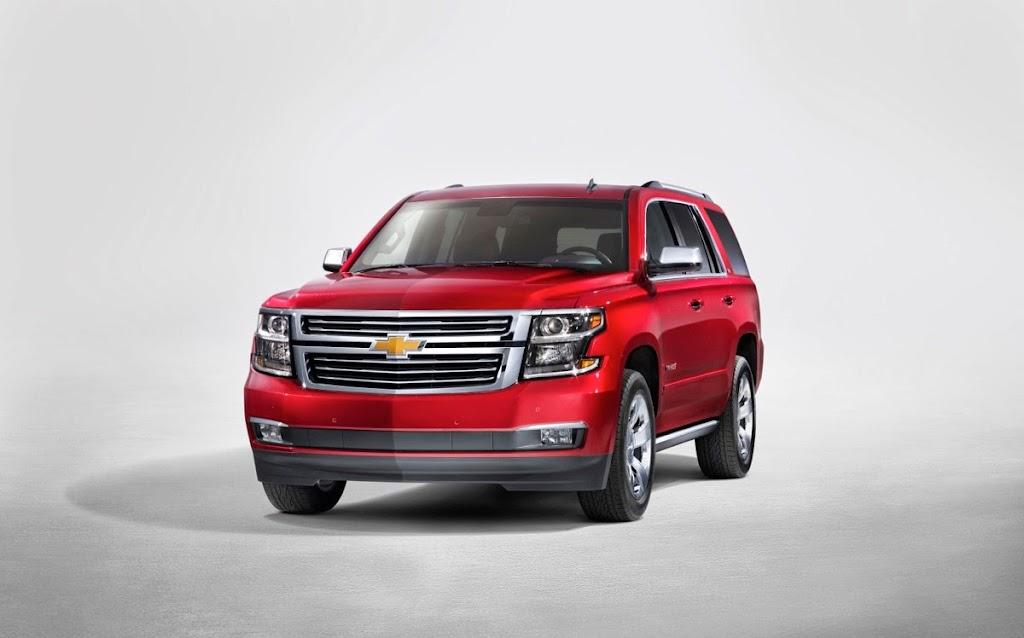 2015-Chevrolet-Tahoe-front-NewYorkreveal-001