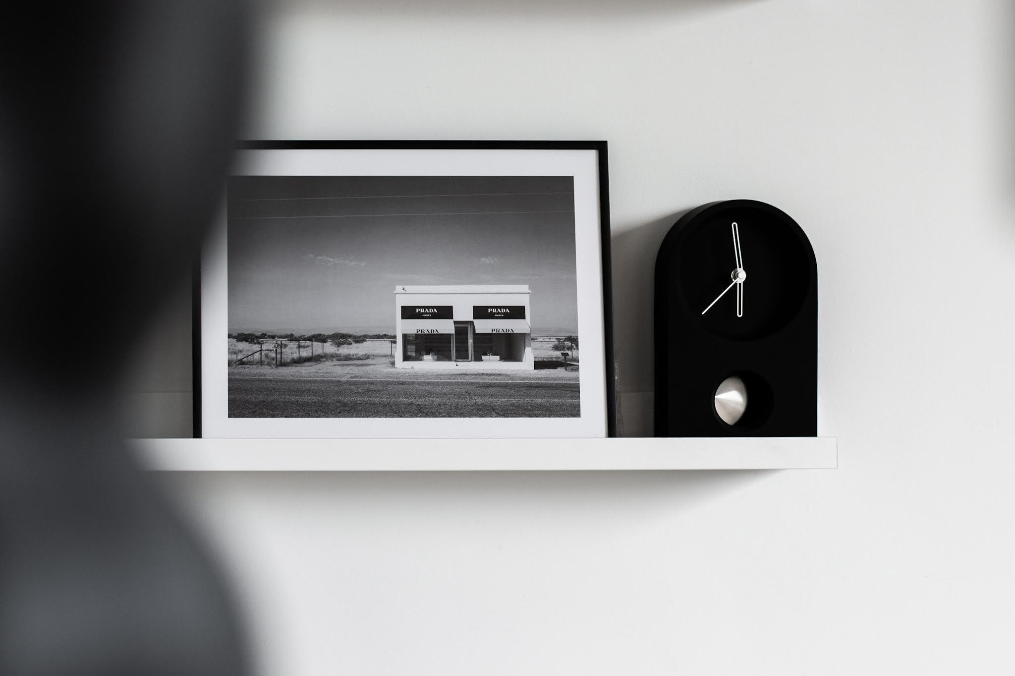 Desenio, posters, black white, minimal, zwart wit, prada marfa