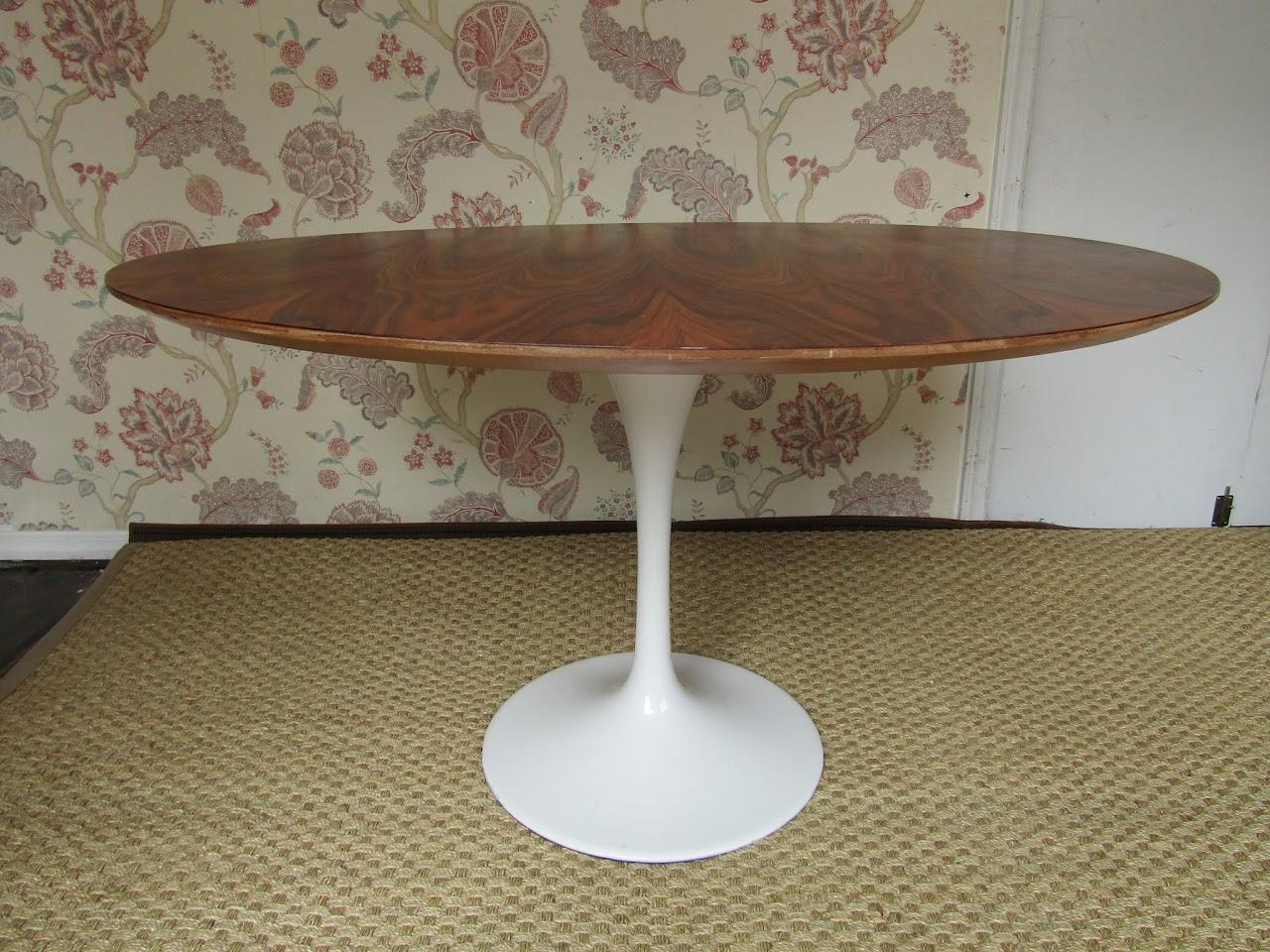 Saarinen-Style Dining Table