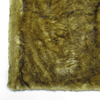 Thomas and Bate Faux Fur Throw Blanket
