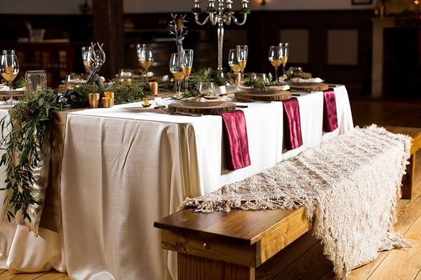 Rustic Winter Wedding Decor Inspiration | Tidewater and Tulle ...