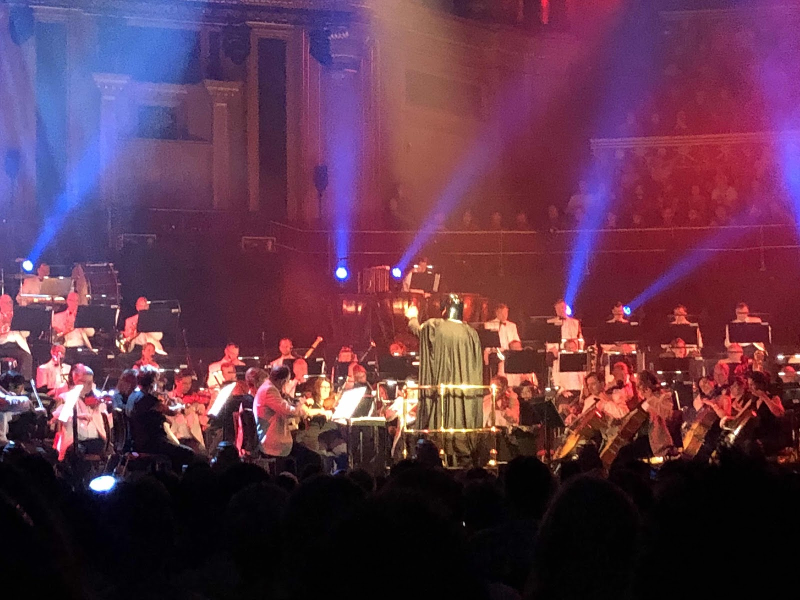 london-lifestyle-blog-things-to-do-in-london-royal-albert-hall-hans-zimmer-vs-john-williams-movie-soundtrack
