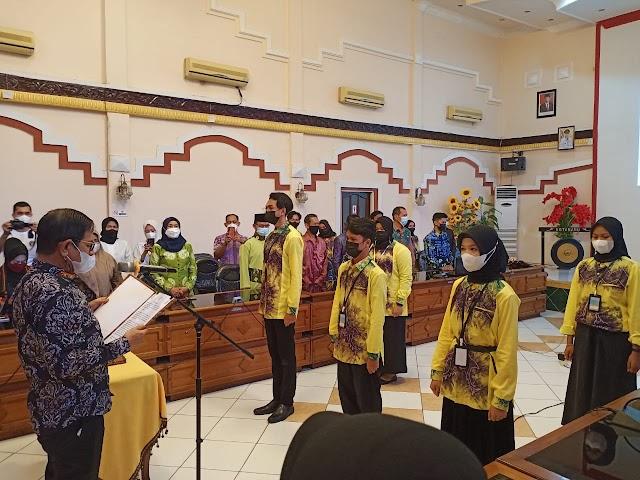 Sekda Said Resmi Kukuhkan Pengurus Forum Anak Kotabaru