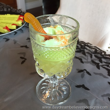 Easy DIY Halloween Punch for kids