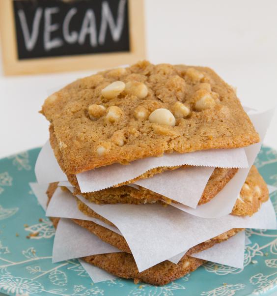 Vegan White Chocolate Macadamia Nut Cookies!
