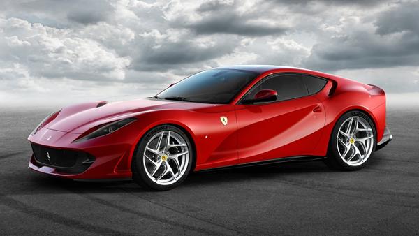 Ferrari-812_Superfast-front