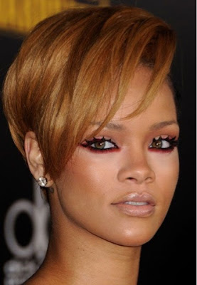 AW16 beauty trends, Rihanna - StyleBuzzUK