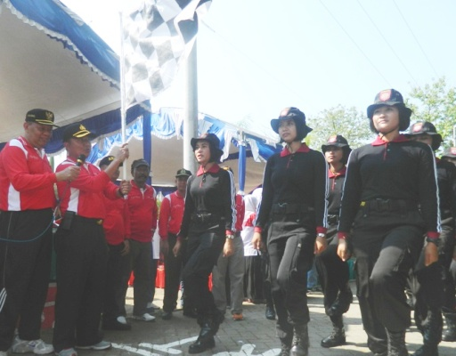 Gerak Jalan tradisional Suryo-Ngawi Diikuti Ribuan peserta