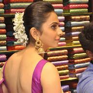 Rakul Preet Singh South India Shopping Mall At Attapur Launch Photos