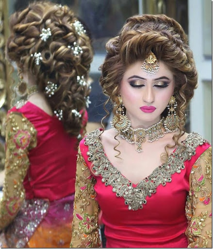 Charming Indian Wedding Hairstyles (42)