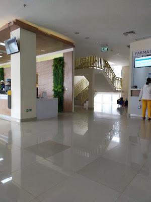 Tangga darurat RS pelabuhan Palembang