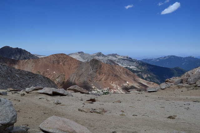 red rocks of Tulare Peak