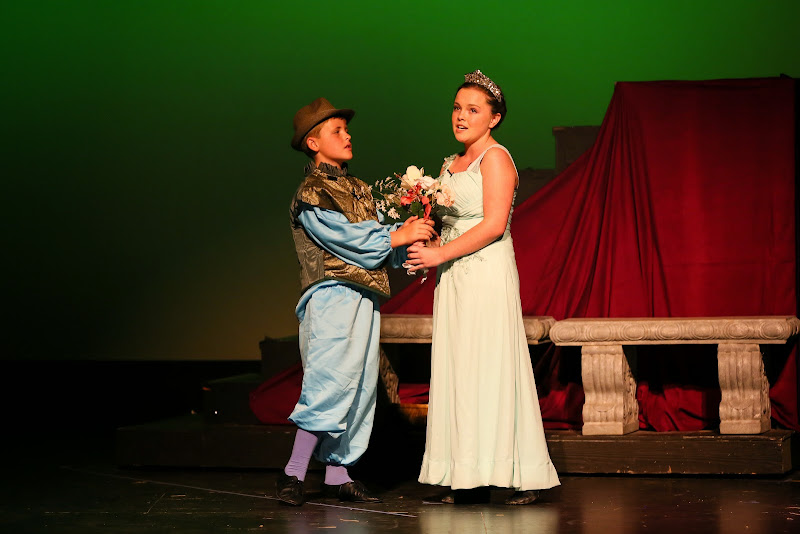 2014Snow White - 135-2014%2BShowstoppers%2BSnow%2BWhite-6679.jpg