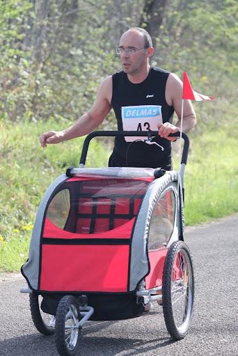 16e Course du Muguet, Montauban (82), 01/05/2012 Coursedescoteaux2010coureurs-98