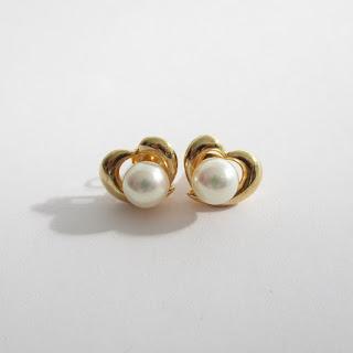 18K Gold & Pearl Earrings