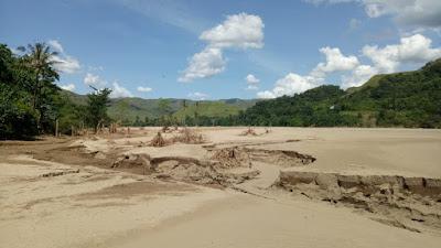 SMS-ST: Sumber Pangan  Di Desa Maidang Tertimbun Pasir