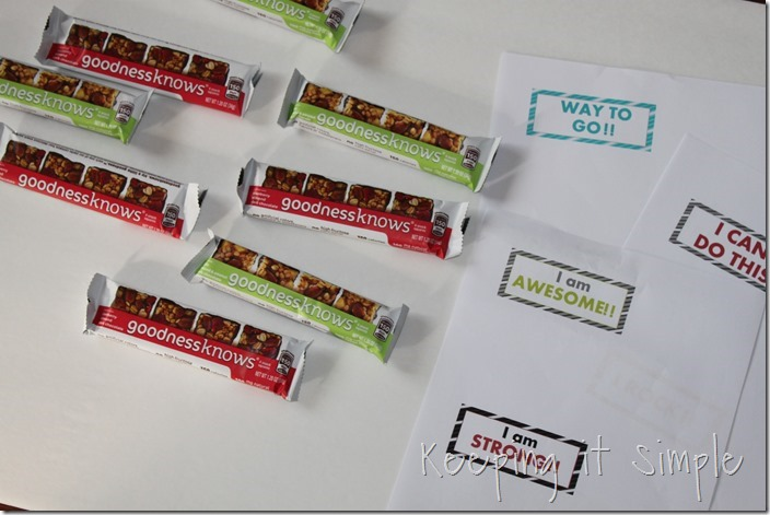 #ad Fruit-and-nut-snack-bar-with-motivational-wrappers #TryALittleGoodness (2)